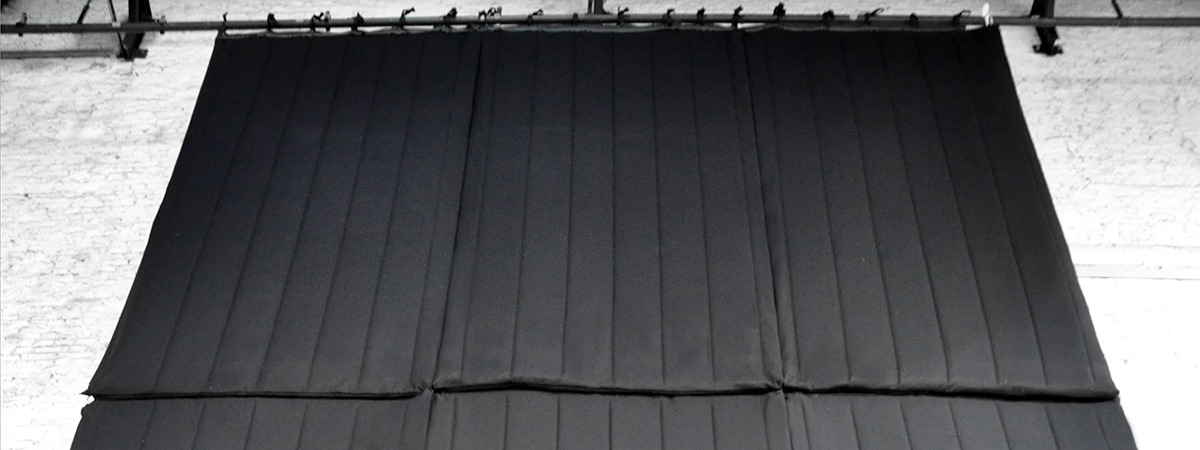 acoustic baffle baffle acoustique sous forme de panneau. Black Bedroom Furniture Sets. Home Design Ideas