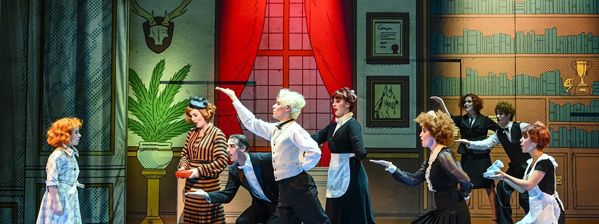 Annie, the musical - Backdrop Soft Print